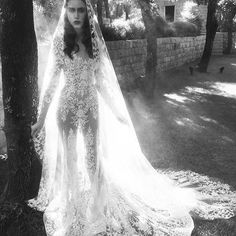 Behind the scenes at Zuhair Murad Fall 2016 Wedding Collection ad campaign photoshoot! @zuhairmuradofficial #zuhairmurad #zuhairmuradbridal #couture #hautecouture #newcollection #fall2016 #wedding #weddinggown #weddingdress #weddinginspiration #adcampaign #bridal #bridalgown #bridalshow #bridaldress #bridalfashion #bridaldesigner #bridalstore #belleandtulle #singapore #behindthescenes