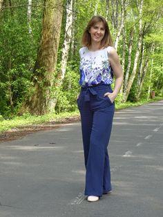 Spodnie (Burda 1/2003 model 105A) oraz top; trousers and top