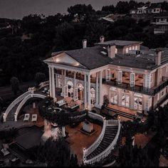 Dream House Interior, Luxury Homes Dream Houses, Dream Home Design, Modern House Design, Dream Mansion, Dark House, Fancy Houses, Luxury Lifestyle, Future House