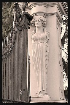 Caryatid at Entrance Gate: Roseland Park Cemetery, Berkley MI