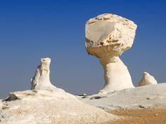 Deserto Bianco Egitto http://www.italiano.maydoumtravel.com/Tour-Deserto-Egitto-e-Safari/4/1/27