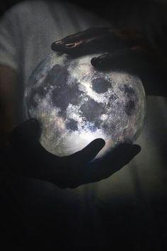 Hayat Bilgisi Dersinde Anlatılmayan Gerçekler: Güz Biz Ceset ve Ay Güzün ayakları değiyor aya…Gün...