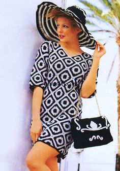 Black-and-white dress of the squares