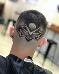 61 Ideas For Hair Art Shaved Haircuts Trendy Haircuts, Girl Haircuts, Hairstyles Haircuts, Haircuts For Men, Men's Haircuts Fade, Trending Hairstyles, Medium Hair Cuts, Short Hair Cuts, Short Pixie
