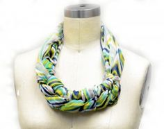 Check out braid a scraf tutorial first. Then you will know how to do this one too.
