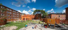 Danish architecture firm COBE recently completed the new curvaceous and strikingly orange Forfatterhuset Kindergarten in Copenhagen. Kindergarten Pictures, Kindergarten Projects, Kindergarten Design, Brick Cladding, Brickwork, Copenhagen Denmark, School Architecture, Landscape, Gallery