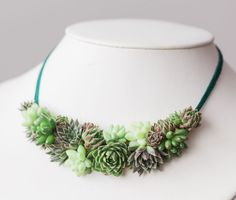 Succulents are a hot trend sweeping its way to the accessories world. You can now wear living objects as jewelry thanks to Susan McLeary, the designer mind behind PassionflowerMade. #theberry #etsy #jewelry #succulents