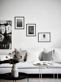 Las tendencias en decoración del hogar van cambiando con los años, sin embargo, el color blanco nunca pasa de moda. La decoración en blanco para el hogar lleva usándose desde hace tiempo y sigue funcionando igual, aportando luz en el espacio del hogar. Hoy os traemos una casa elegante decorada al...