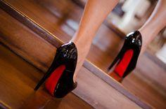 La deliciosa sensación de traer un hermoso par de zapatos bajo tus pies…