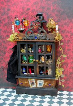 19th Day Miniatures Works in Progress: Two New Witch Or Wizard Dollhouse Miniatures Done ...