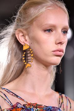Acessórios pra todos os gostos na temporada internacional de moda! - Lilian Pacce