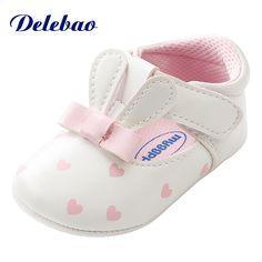 various colors 2674c 677ba Orejas de conejo lindo Zapatos de bebé Chica en forma de corazón PU Nudo de  mariposa