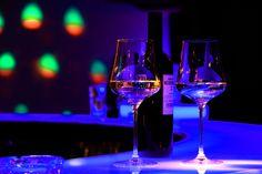 Prost & cheers at Bolena Eventlocation White Wine, Austria, Cheers, Alcoholic Drinks, Glass, Drinkware, Corning Glass, White Wines, Liquor Drinks