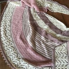 3 Color Cashmere Shawl by Joji Locatelli | malabrigo mechita in sand Bank and Natural and Quince & Co. Tern rose.