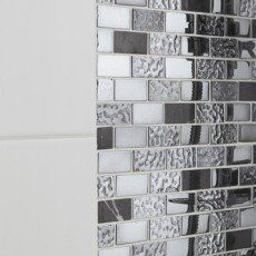 Mosaïque Fusion neo futurisme ARTENS, noir et chromé, 2.3x4.8 cm Mosaic Bathroom, Decoration, Photo Wall, Home Decor, Bathrooms, Tile, Shower, Pebble Stone, Home