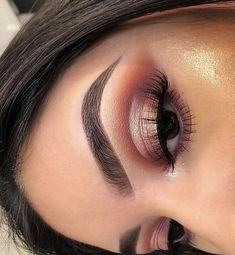 glam makeup – Hair and beauty tips, tricks and tutorials Kiss Makeup, Glam Makeup, Makeup Inspo, Makeup Inspiration, Beauty Makeup, Hair Makeup, Huda Beauty, Halo Eye Makeup, Charlotte Tilbury