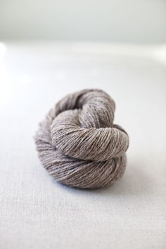 """Brooklyn Tweed yarn in """"Barn Owl"""" #brooklyntweed #madeinUSA #shelteryarn #loftyarn"""