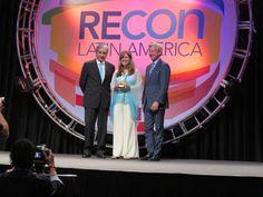 UNICO recibe un premio de oro y dos de plata en la convención más importante de la industria de centros comerciales en el mundo  www.CityCali.com