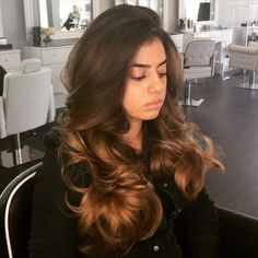 A good BlowOut should be part of every well-balanced day!) A Voluminous BlowOut by: of our BlowBar! Hair Inspo, Hair Inspiration, Make Up Studio, Prom Hair Down, Hair Essentials, Natural Hair Styles, Long Hair Styles, Curled Hairstyles, Party Hairstyles