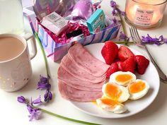 "@mikejlafromscotland on Instagram: ""Lovely morning guys! 🖤🖤🖤 #morning #morningmotivation #healthyfood #healthybreakfast #breakkie #fresh #foodporn #foodlover #healt #eat…"" Morning Motivation, Food Porn, Healthy Recipes, Fish, Guys, Eat, Instagram, Pisces, Healthy Eating Recipes"