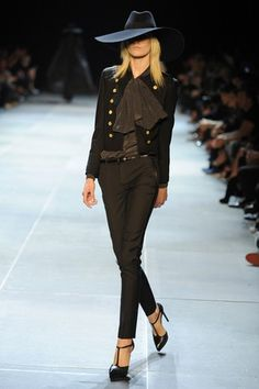 awesome Saint Laurent RTW Spring 2013 Clothes and favorites Fashion Week, Runway Fashion, High Fashion, Fashion Show, Womens Fashion, Fashion Design, Fashion Trends, Paris Fashion, Street Style