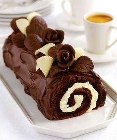 Шоколадный рулет с маскарпоне