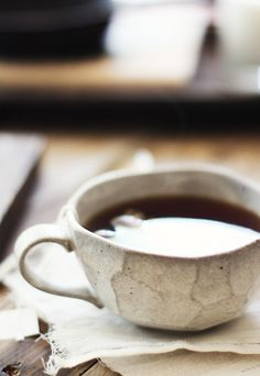 peach and blackberry cobbler Blackberry Cobbler, Materialistic, Sweet Tea, Early Morning, Tea Time, Tea Cups, Peach, Autumn, Coffee