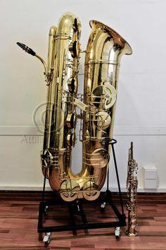 J'Elle Stainer subcontrabass saxophone, and soprano saxophone Music X, Music Guitar, Music Stuff, Dope Music, Contrabass Saxophone, Bari, Motif Music, Jazz Instruments, Strange Music