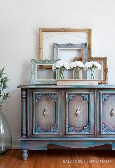 How to Paint Furniture with Wax – Salvaged Inspirations – Dixie Belle Paint Comp… - DIY Möbel Chalk Paint Furniture, Funky Furniture, Refurbished Furniture, Repurposed Furniture, Furniture Projects, Rustic Furniture, Furniture Makeover, Vintage Furniture, Furniture Websites