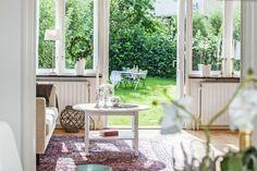 Ett av Änggårdshusen Hem, Windows, Ramen, Window