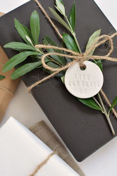 DIY | personalised clay gift tags @burkatron