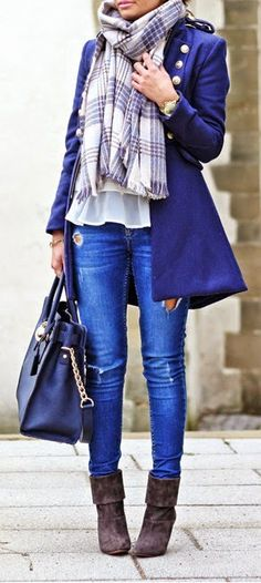 Loving the color, gorgeous. Blue coat, plaid scarf, bag and boots. Fall fashion trends 2015.