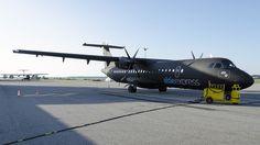 'Alsie Express' - luksus for alle pengene! Atr 72, Matte Black, Plane, Fighter Jets, Aircraft, Wheels, Wings, Branding, Marketing