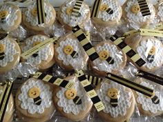 'Mommy to Bee' themed baby shower sugar cookie give aways by Baked Keepsakes.