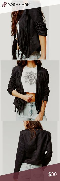 🔥Kendall & Kylie Womens Faux Suede Fringe Jacket 🔥🔥Kendall & Kylie Womens Faux Suede Fringe Jacket Black size medium new with tags perfect condition see pictures for measurements Kendall & Kylie Jackets & Coats