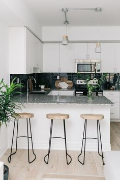 Modern neutral toned kitchen: Read More on SMP: http://www.stylemepretty.com/canada-weddings/ontario/toronto/2016/09/06//