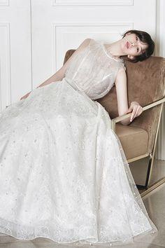 로브드케이 ROBE DE K Rustic Wedding, Wedding Photos, Tulle, Wedding Inspiration, Celebs, Pure Products, Wedding Dresses, Skirts, Brides