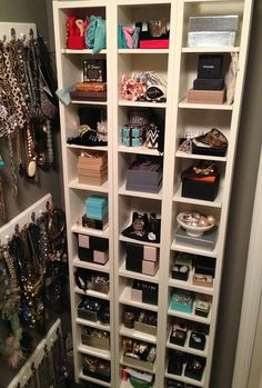 CD tower and little boxes and baskets for Jewelry! Or lay them on their sides for shoe storage! Makeup Drawer Organization, Closet Organization, Organization Ideas, Jewelry Organization, Organizing Tips, Closet Bedroom, Bedroom Storage, Cd Tower, Jewelry Wall