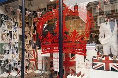 Queens Diamond Jubilee windows London 05