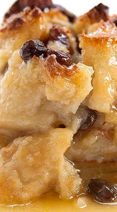 Authentic New Orleans Bread Pudding - this delicious dish will have you thinking you're having Sunday Brunch at Antoines! ❊