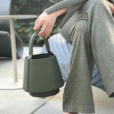 Lantern Bag in Palm Green. @vickysoupsss