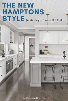 White Hamptons kitchen ideas plus a whole host of other Hamptons home style insp. - White Hamptons kitchen ideas plus a whole host of other Hamptons home style inspiration. Hamptons Style Bedrooms, Hamptons Style Homes, Kitchen Decorating, Home Decor Kitchen, Kitchen Ideas, Diy Kitchen, Smart Kitchen, Kitchen Planning, Decorating Ideas
