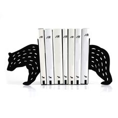 Bear Bookends @ Howkapow