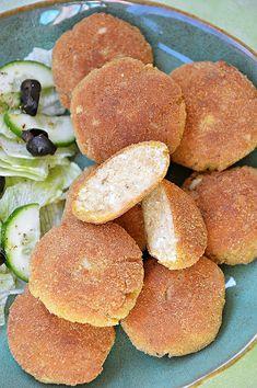 Kotlety jajeczne Starting Keto, Mediterranean Diet Recipes, Polish Recipes, Pretzel Bites, Food For Thought, Bread, Snacks, Dinner, Breakfast