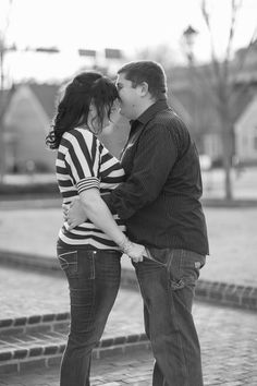 #plussizebride #curvybrides {Real Curvy Engagement} Fun Loving Football Engagement in Virginia | Amanda Truth Photography | Pretty Pear Bride | http://prettypearbride.com/real-curvy-engagement-fun-loving-football-engagement-in-virginia-amanda-truth-photography/ | Submit Yours Here: http://prettypearbride.com/submissions