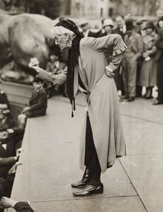 Charlotte Despard (1844-1939), speaking at an anti-fascist rally in London. June 1933. [::SemAp FB || SemAp::]