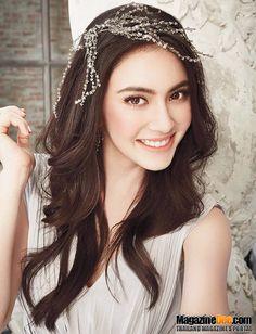 Davika Beautiful Asian Women, Beautiful People, Asian Cute, Cute Faces, Mai Davika, Indian Beauty, Girl Pictures, My Idol, Beauty Women
