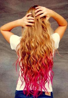 Dip-Dye Hair - Hair Color Trends for Women Pink can be a good match with blonde and purple is a good complimen for black. Dyed Curly Hair, Dye My Hair, Curly Hair Styles, Wavy Hair, Red Dip Dye Hair, Dyed Ends Of Hair, Colored Hair Ends, Messy Hair, Kool Aid Hair