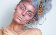 Blev en lite annorlunda look idag igen  Fick feeling för Halloween! Bas/Base Huda beauty Textured Shadows palette rose gold edition MUFE HD Stick Natasha Denona Eyeshadow palette 28- Purple-blue Anast