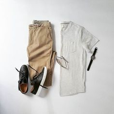 Simple Basics, Powerful Outfit. . . Follow @capsulewardrobemen for more. . . #mensfashion #outfitgrid #flatlay #vscogrid